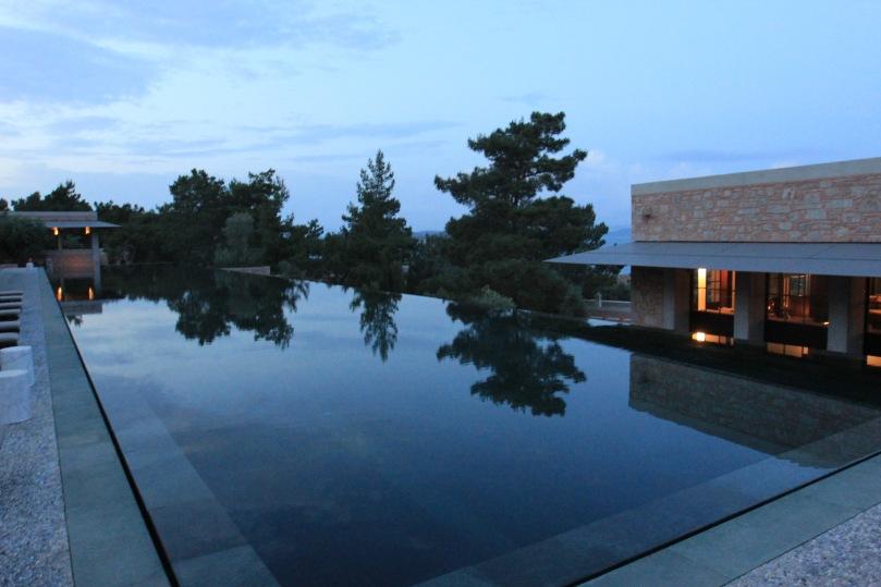 Amanruya main pool