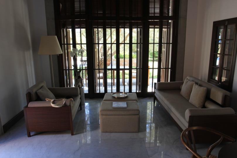 Amanruya cottage lounge